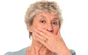 Perdita dell'autostima e della qualità della vita dovuta ai denti