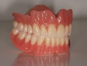 Protesi dentale mobile prezzi